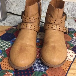 Women's ankle boots Size 6